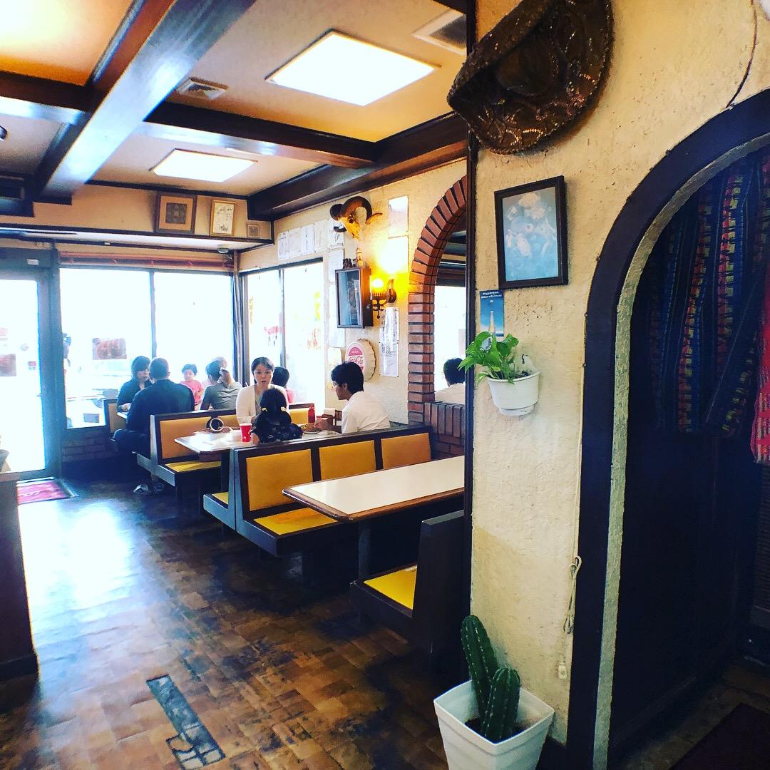 沖縄市「セニョールターコ」30年以上ある老舗タコス店でテイクアウト。